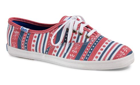 Get ready for the summer holidays in Americana Stripes sneakers. #redwhiteblue #patriotic #memorialday #sneakers #fourthofjuly