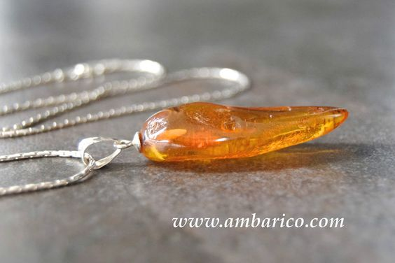 Baltic amber pendant with silver chain 925