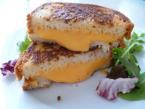 Old School Grilled Cheese Sandwich | Udi's® Gluten Free Bread