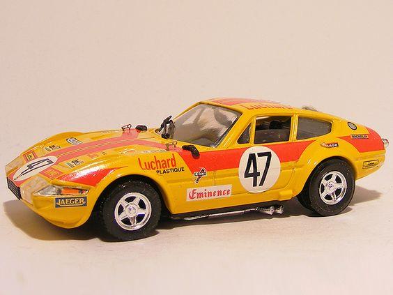 Ferrari 365 GTB4 Le Mans 1975 1:43 Top model collection Yellow - Speelgoedenverzamelshop.nl