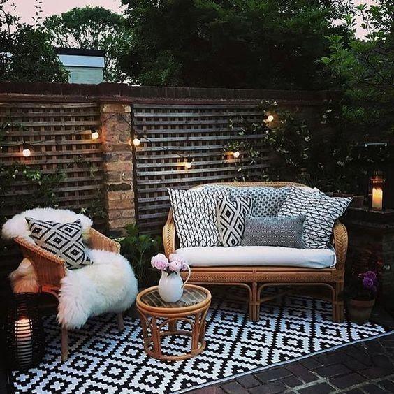 Imagen De Where Do Broken Hearts Go Bohemian Patio Outdoor Living Space Patio Decor