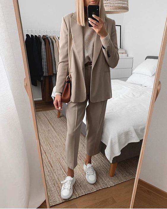 18.5 тыс. отметок «Нравится», 97 комментариев — Nordic Style Report (@nordicstylereport) в Instagram: «All beige - yay or nay? 😀| @ewelinakanty»