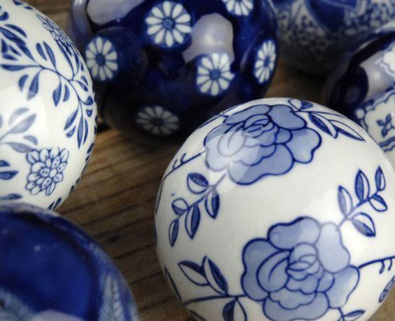 Decorative porcelain balls set of blue