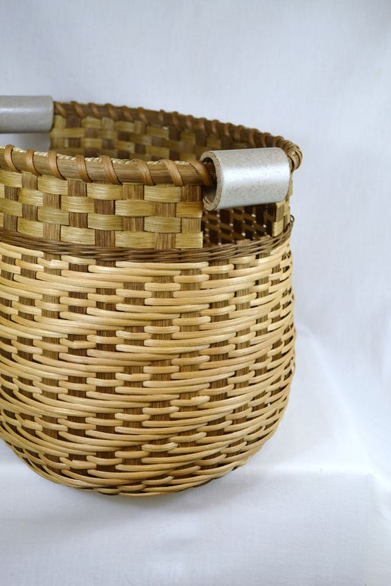Basket Weaving Handles : Large reed or wicker storage basket with twill weave and