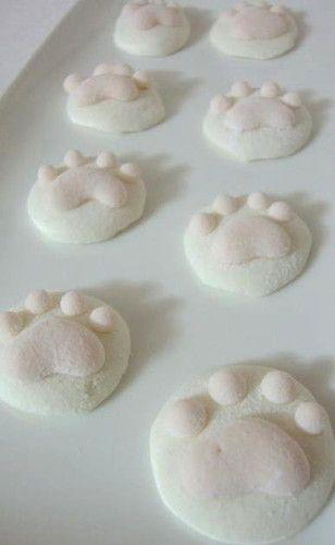 Plain+and+Sakura+Cat+Paw+Marshmallows
