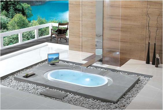 Bath Tub Of Paradise