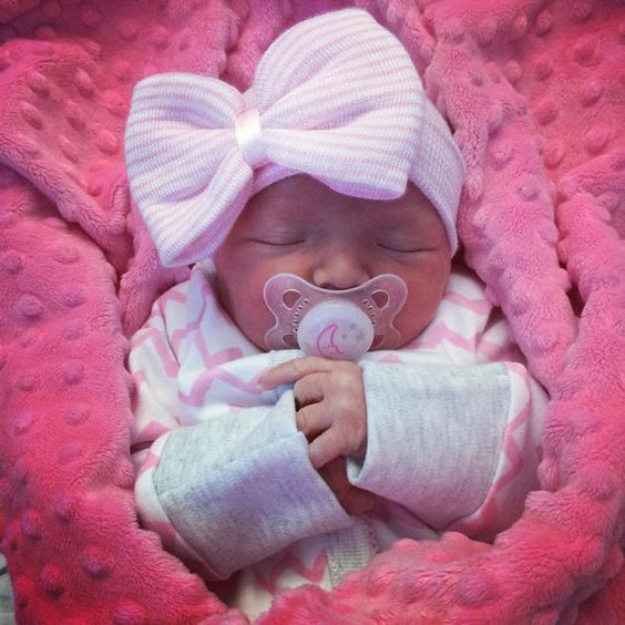 newborn hospital pictures ideas - 1000 ideas about Newborn Hospital Outfits on Pinterest
