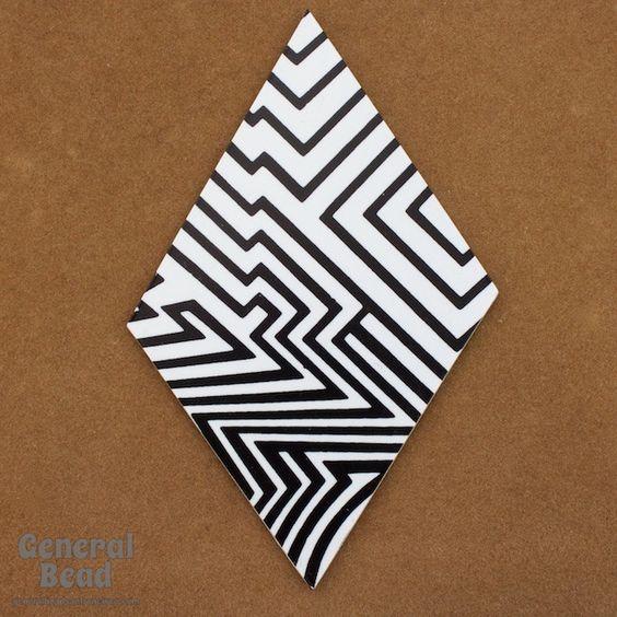 60mm x 80mm Black and White Op-Art Diamond