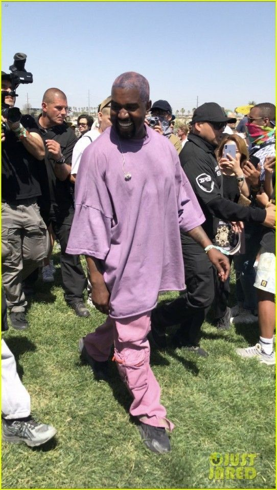Fr Daily News Coachella 2019 Weekend N 2 Kanye West Style Kanye West Outfits Kanye Fashion
