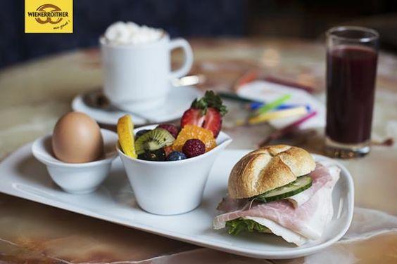 Hier bitte, dein #Bambini-Frühstück! Für kleine und große #Kinder von 7 bis 19 Uhr in unserem #Café in #Pörtschach - Ma guat!  #frühstücken, #breakfast, #liebegehtdurchdenmagen  (mw7)  fotocredit: Carletto Photography