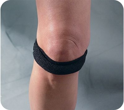 Genu Trac™ Knee Strap is designed to aid in the relief from knee pain caused by 'Runners Knee' or Chondromalacia.: