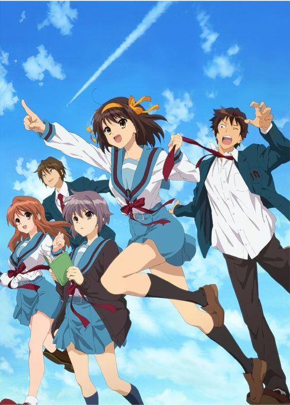 晴れた空のもとでメンバーが走っている「涼宮ハルヒの憂鬱」の画像