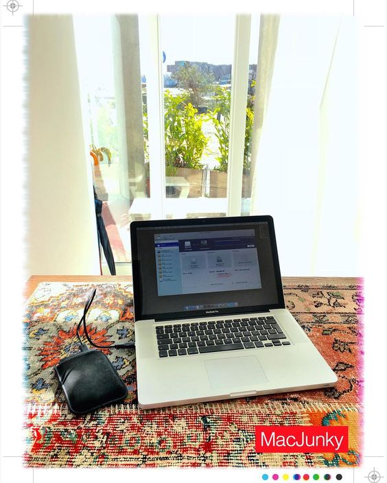 Working in a great office while upgrading a MacBook Pro