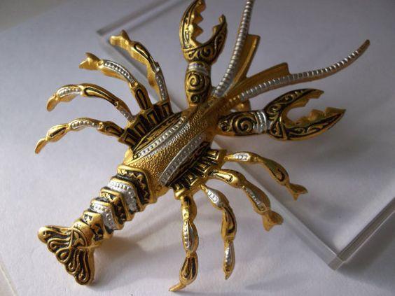 Vintage Crayfish Crustatean ROCK LOBSTER Damascene BROOCH PiN