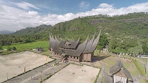 Wisata Sumatera Barat Istana Pagaruyung Tempat Dunia Indonesia