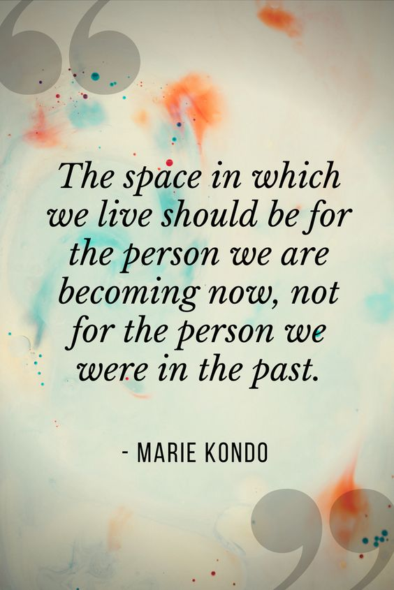 Minimalism and learning to live a more intentional life have made all the difference in the way I experience my daily life. My home is my sacred space, a place where I am most at peace. #minimalism #minimalist #minimal #simpleliving #konmari #mariekondo #declutter #becomingminimalisthome