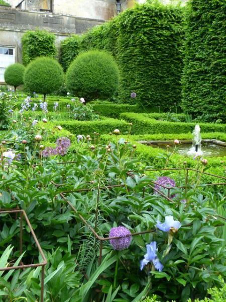 Badminton house estate- The south garden