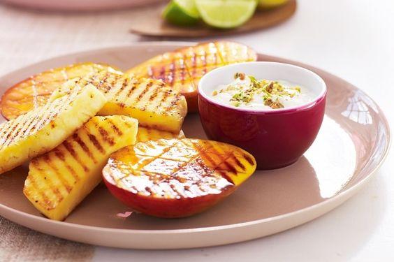 Grilled fruit with pistachio yoghurt receipe