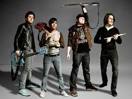 fall out boy: Bands Music, Falloutboy, Bands Fall, Favorite Bands, Musical Pictures, Boys Of Fall, Fall Out Boy, Band Boys 3