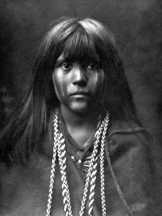 Edward Curtis, Mosa mohave (1903). (Beautiful!!):