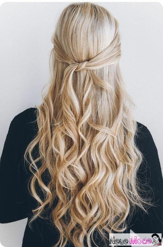 Halboffene Frisur Neue Halboffene Frisuren 2019 Abiball Frisuren Halboffen Brautfrisur Halboffen Festli Down Curly Hairstyles Hair Styles Down Hairstyles