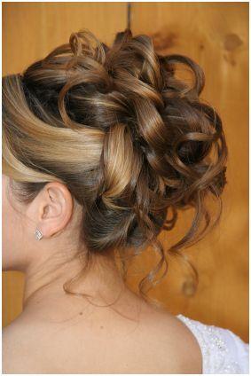 16 Haute Coiffure Pour Mariage Style Chignon Mariage Cheveux Mi Longs Chignon Haut Mariage Coiffure Mariage Cheveux Long