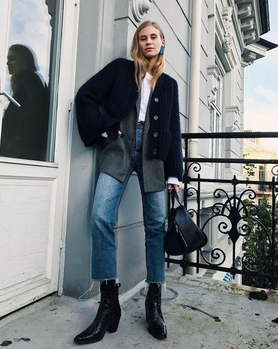 If you're still on the look out for a pair of boots this winter, shop the 6 styles that are trending on Instagram right now.