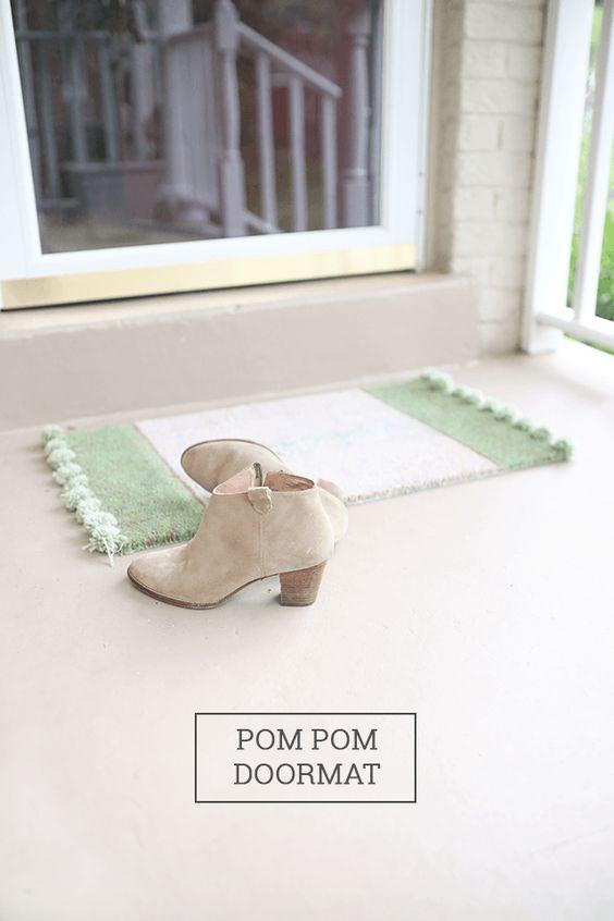 Pom Pom Rug Doormat - How To-sday - Shrimp Salad Circus