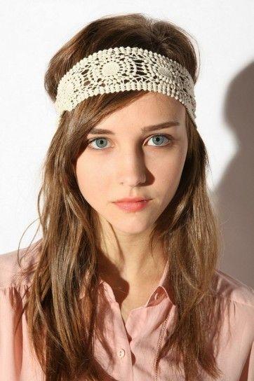 Fascia per capelli all'uncinetto in stile hippie