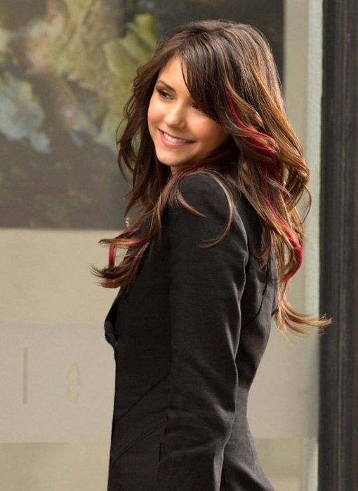 Elena Shows Off Her New 'Do in Vampire Diaries Season 4 ...