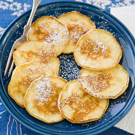 Heavenly Hots Pancakes Recipe From Cook S Country Before We Could Appreciate Just How Delicious These Tiny Fragile Sour Cream Really Were