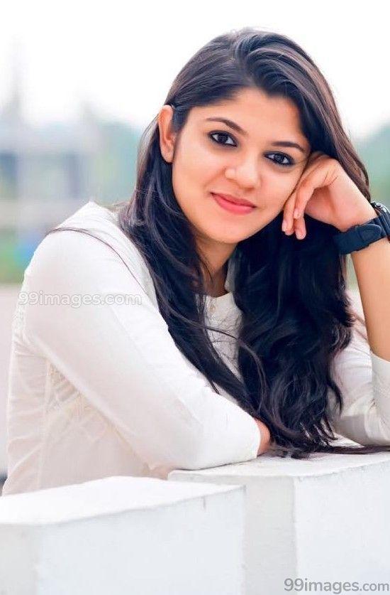 Aparna Balamurali Beautiful Hd Photos Mobile Wallpapers Hd Android Iphone 1080p 21358 Aparnabalamurali Beauty Face Hd Wallpapers For Mobile Hd Photos