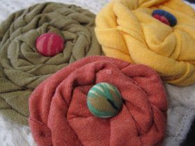 Cathie Filian: 101 Tees: Jazz up a Scarf with T-Shirt Roses