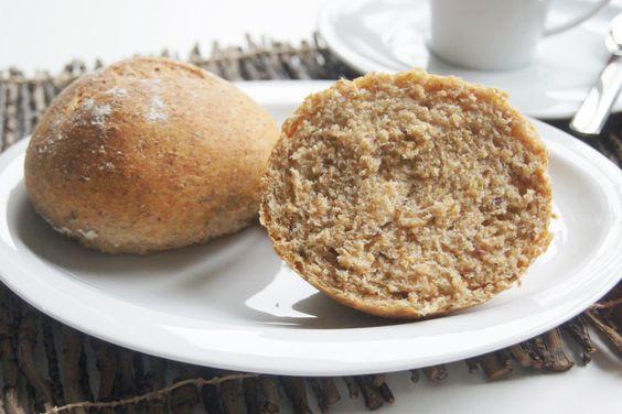 Fluffige Dinkelbrötchen - Vegan einfach