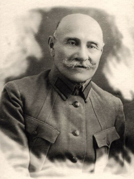 Ali Agha Shikhlinski, in the form of a Red Army commander - army form