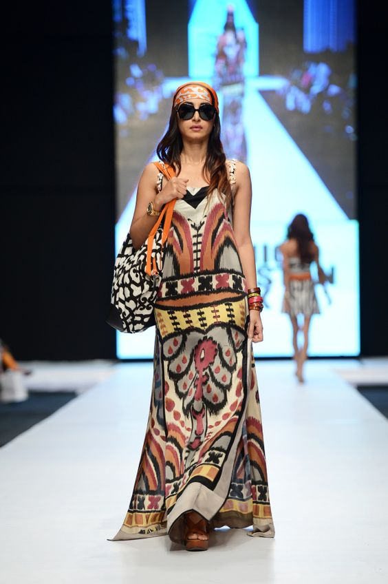 Sana Safinaz / SS 2013 / High Fashion / Ethnic & Oriental / Carpet & Kilim & Tiles & Prints Inspiration /