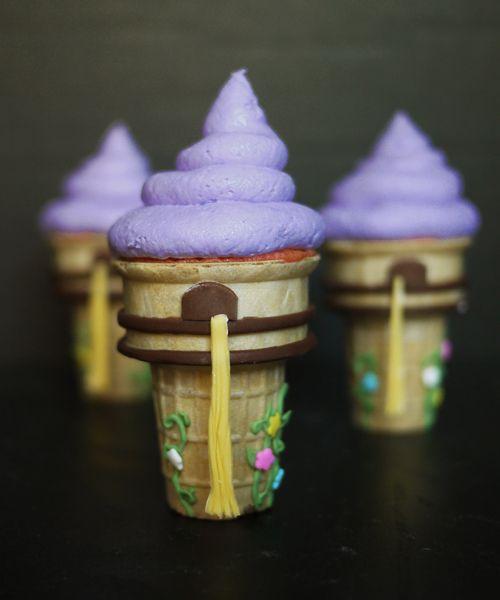 <3 Individual Tangled cake towers.