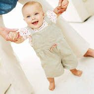 Month-by-month baby tips )1 - 30 months)