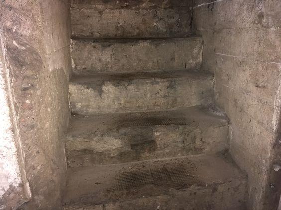 Лестница к небу. Внутри каземата крепости Пиллау. Фото: Vladimir Shveda