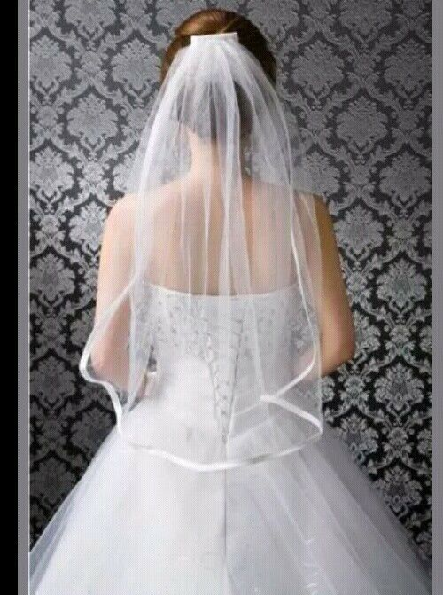 White Wedding Bridal Elbow Satin Edge Veil Length with Comb New 2 Tier Ivory