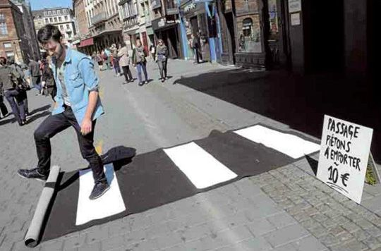 "Urban hacktivist Florian Rivière came up with this guerrilla crosswalk in his home town Strasbourg. Made from old carpet, the light-weight pop-up crosswalks are easy to carry and can be placed on the street ""so you can cross wherever pleases you""."