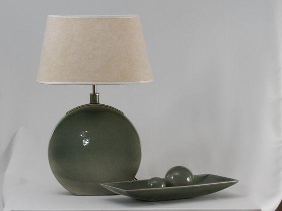 lámpara Banjo, centro de mesa junco y esferas mediana y chiva, color verde jade: Center, Color Verde, Esferas Mediana, Lámapra Banjo, Banjo Centro, Table, Esferas Verde, Chiva Color