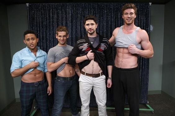 The actor posed with the cast of ABC Family's Baby Daddy where he'll be a guest starring on the show's upcoming season.