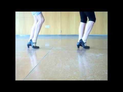 Aprende Un Zapateo Básico Del Flamenco Consigue A Través De Este Vídeo La Técnica Necesaria Para Realizar Combinacione Flamenco Flamenco Dancing Belly Dance