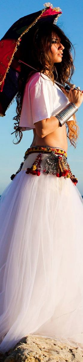 I could totally see this as wedding attire for that laid back awesome Bohemian Bride :)