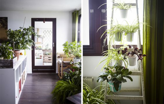 El salón es de planta libre, y tiene diferentes zonas para jugar, comer y relajarse