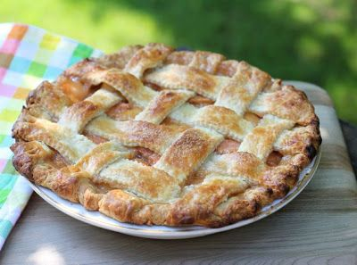 The ultimate summer fruit pie: fresh peaches with vanilla, cinnamon ...