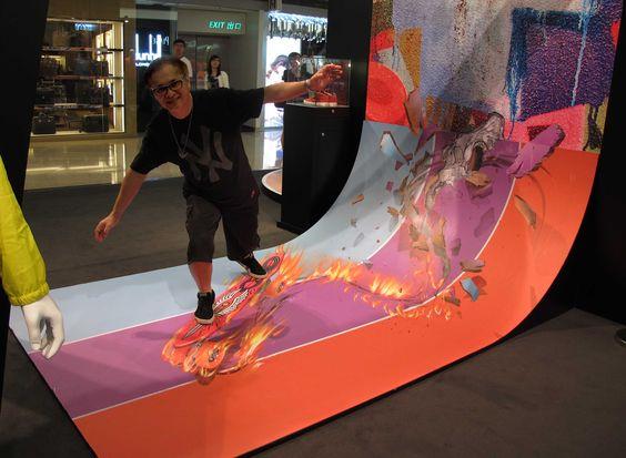 Milton 3D trick arts at Festival Walk, HK.