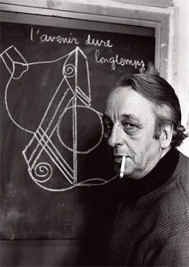 En el esquema xde #Althusser, la función de la filosofía es la de guardiana frente al avance de la ideología, su principal tarea es intervenir decidiendo si un conocimiento es científico o ideológico, mientras que para la ciencia la misión es construir conocimientos.