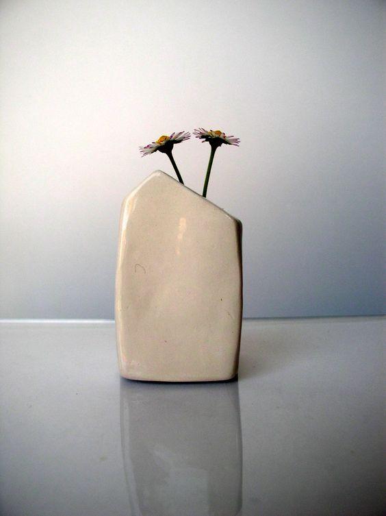 A dandylion vase